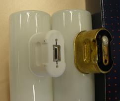 S14 neuer Sockel (Kunststoff) alter Sockel Metall